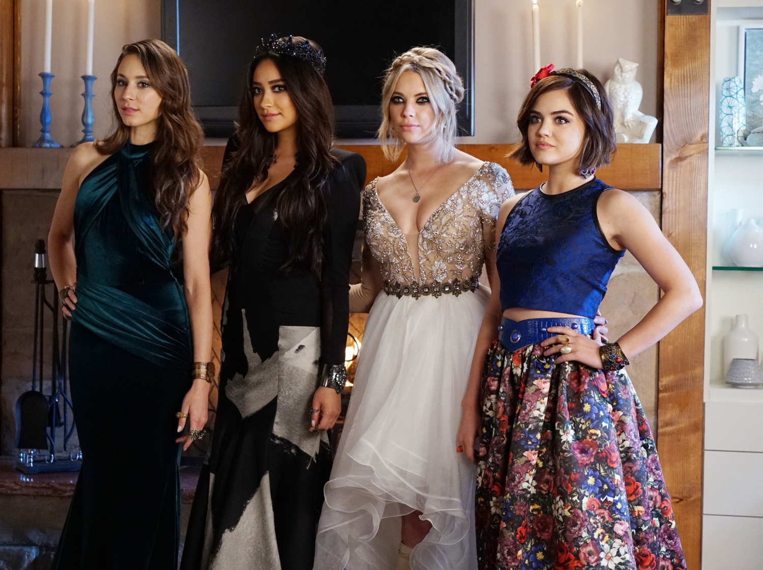 pretty little liars recap dancing in the dark vulture - Pretty Little Liars First Halloween Episode