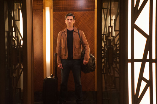 "AMERICAN HORROR STORY -- ""Checking In"" Episode 501 (Airs Wednesday, October 7, 10:00 pm/ep) Pictured: Wes Bentley as John Lowe. CR: Suzanne Tenner/FX"