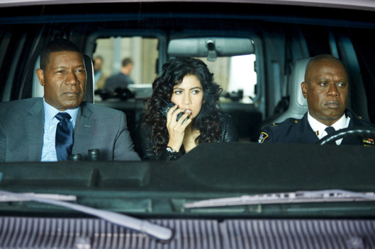 "BROOKLYN NINE-NINE: L-R: Guest star Dennis Haysbert, Stephanie Beatriz and Andre Braugher in the ""The Bureau"" episode of BROOKLYN NINE-NINE airing Tuesday, April 12 (9:00-9:30 PM ET/PT) on FOX. ©2016 Fox Broadcasting Co. CR: John P. Fleenor/FOX"