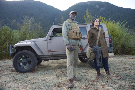 "WAYWARD PINES:  L-R:  Djimon Hounsou and guest star Shannyn Sossamon in the ""Exit Strategy"" episode of WAYWARD PINES airing Wednesday, June 15 (9:00-10:00 PM ET/PT) on FOX.  ©2016 Fox Broadcasting Co.  Cr:  Sergei Bachlakov/FOX"