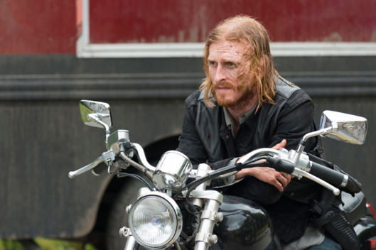 Austin Amelio as Dwight - The Walking Dead _ Season 7, Episode 3 - Photo Credit: Gene Page/AMC