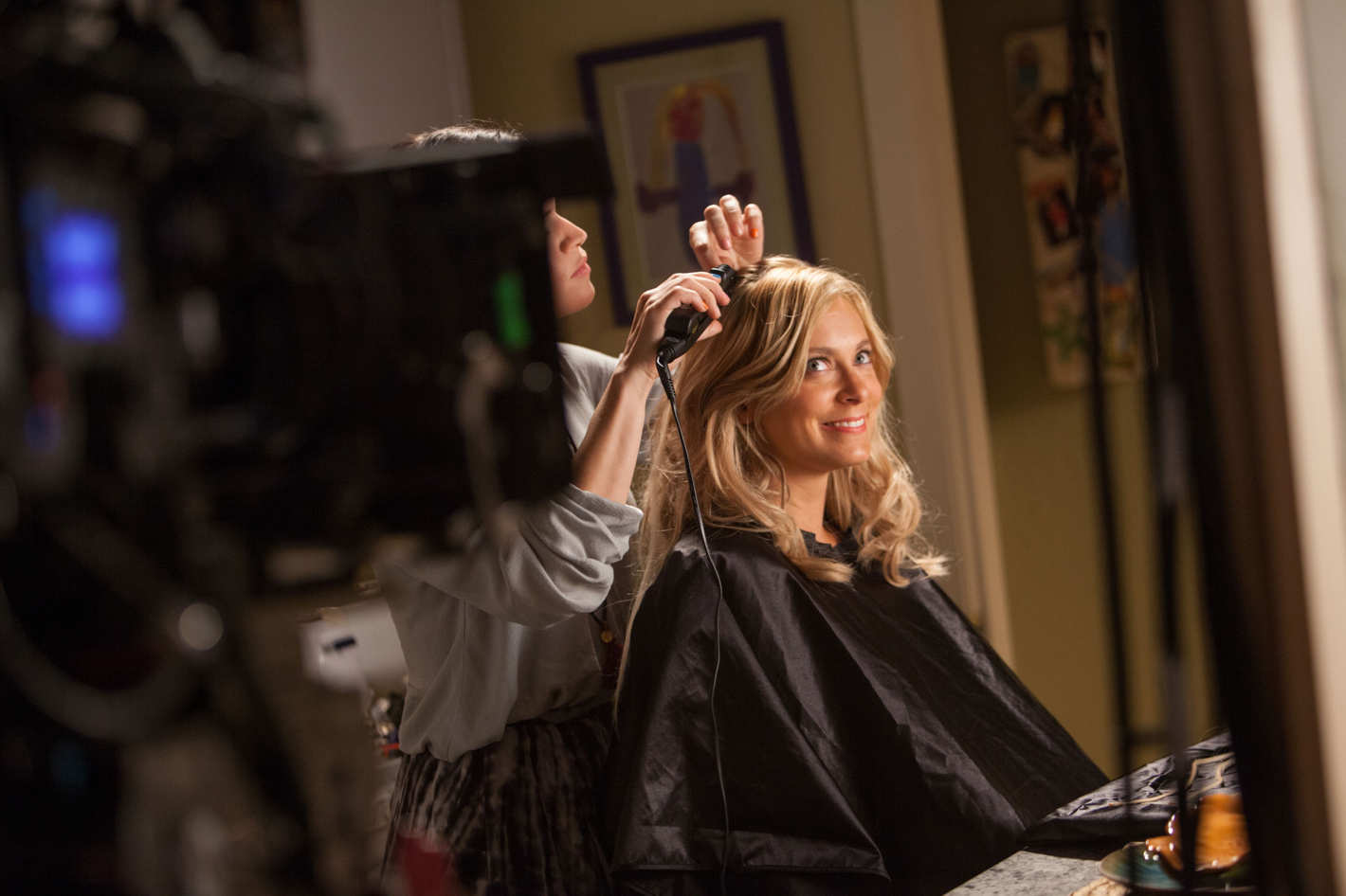 the story behind rebecca bunch's blonde makeover on crazy ex-girlfriend