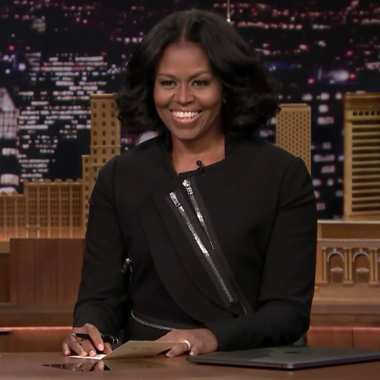 Let Michelle Obama's Thank You Notes Dull the Pain of Her Imminent Goodbye