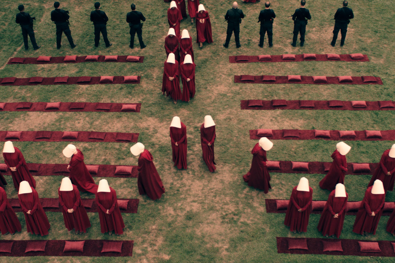 the handmaid s tale what we hope stays in the hulu series
