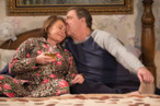 <em>Roseanne</em> Season-Finale Recap: When It Rains, It Pours