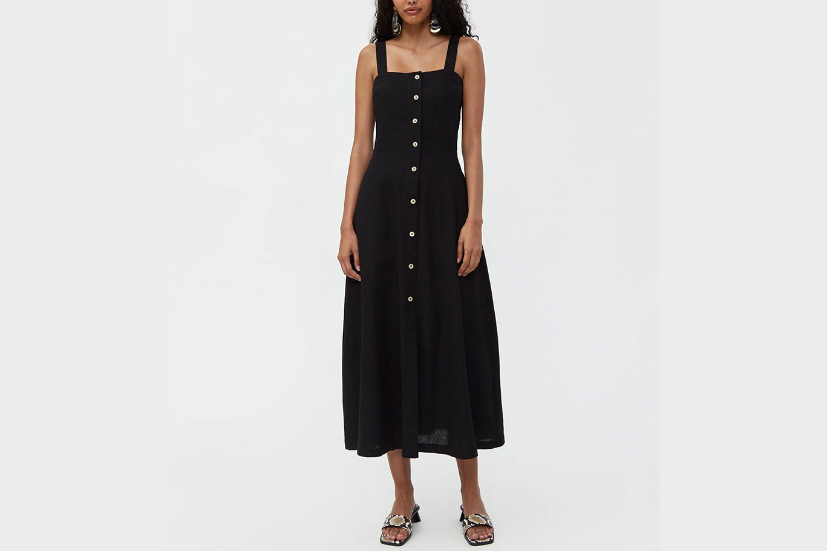 c69ccb2c0856 15 Best Linen Dresses for Summer 2019