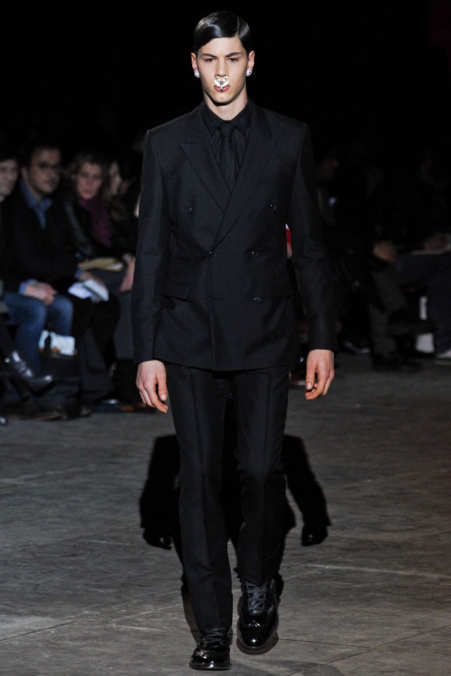 Photo 1 from Givenchy