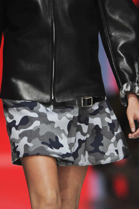 Detail Photo 5 from Christopher Kane