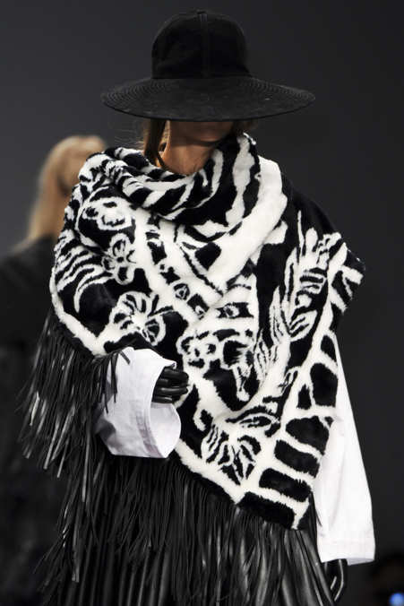 Detail Photo 1 from KTZ