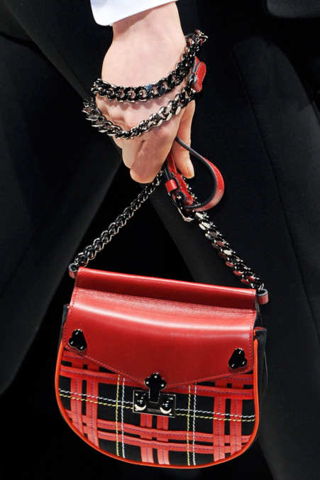 Detail Photo 12 from Moschino