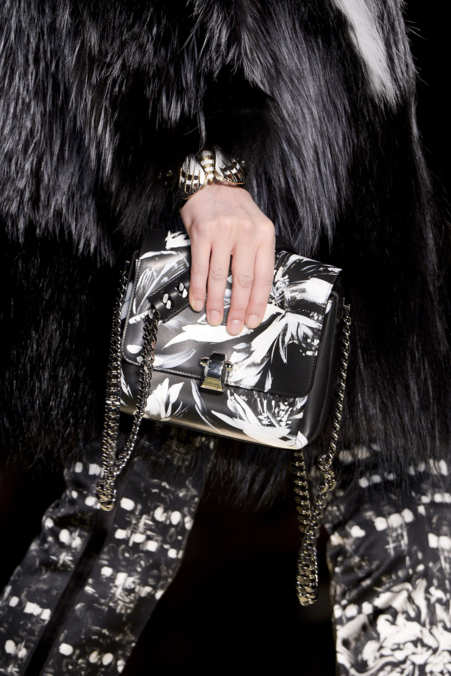 Detail Photo 1 from Roberto Cavalli