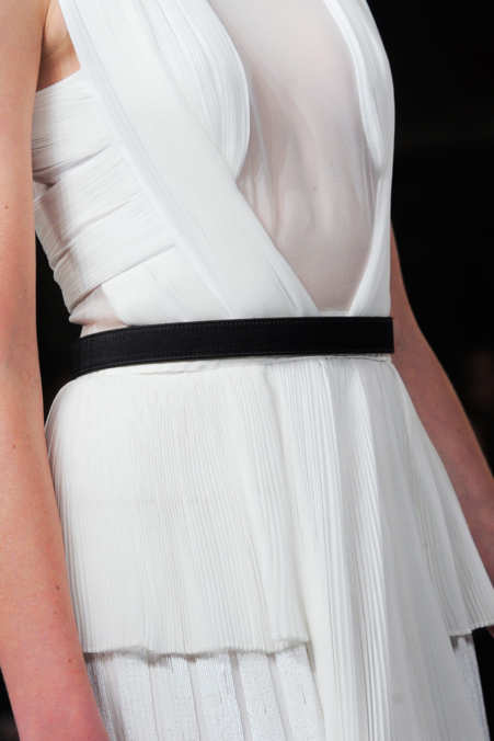 Detail Photo 15 from Jason Wu