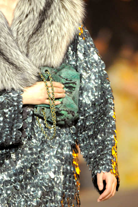 Detail Photo 1 from Marc Jacobs