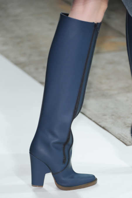 Detail Photo 1 from Theyskens' Theory