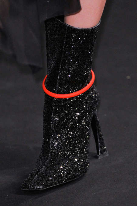 Detail Photo 24 from Christian Dior