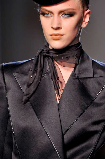 Detail Photo 19 from Jean Paul Gaultier