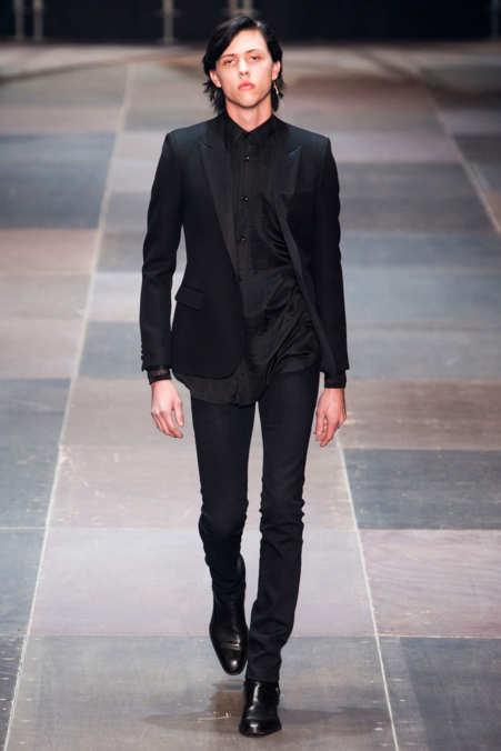 Photo 1 from Saint Laurent