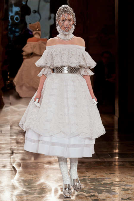 Photo 2 from Alexander McQueen