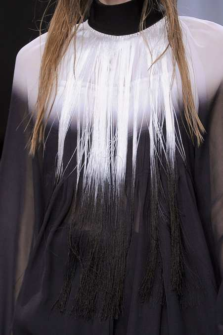 Detail Photo 12 from Ann Demeulemeester
