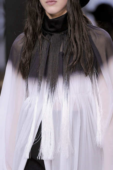 Detail Photo 2 from Ann Demeulemeester