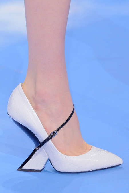 Detail Photo 5 from Christian Dior