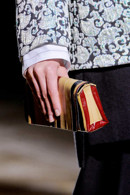 Detail Photo 7 from Dries Van Noten