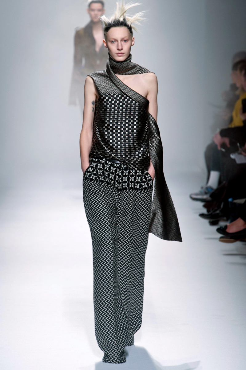 Photo 23 from Haider Ackermann