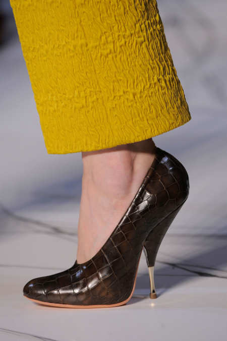 Detail Photo 13 from Rochas