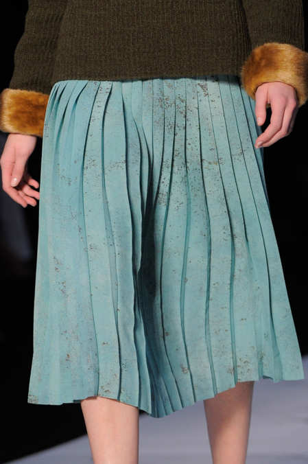 Detail Photo 19 from Rochas