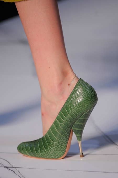 Detail Photo 24 from Rochas
