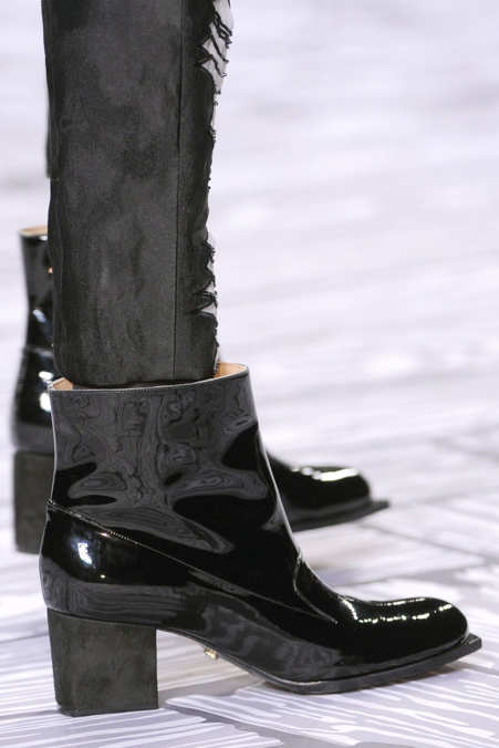 Detail Photo 25 from Viktor & Rolf