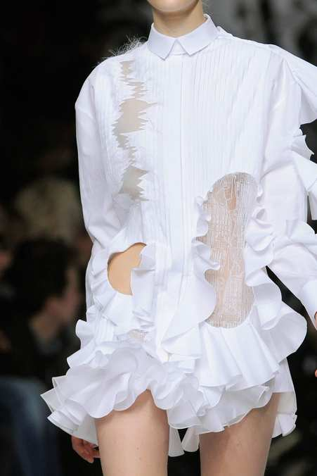 Detail Photo 33 from Viktor & Rolf