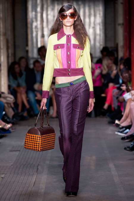 Photo 1 from Moschino Cheap & Chic