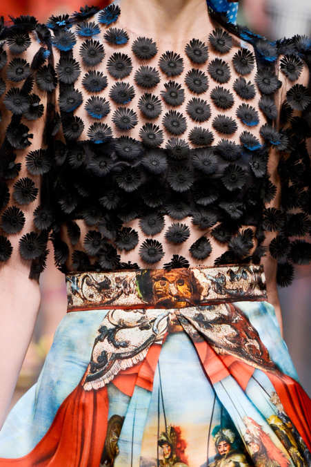 Detail Photo 14 from Dolce & Gabbana