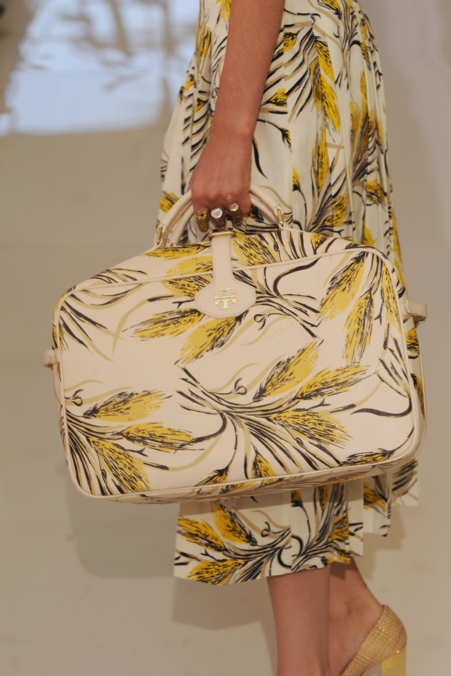 Detail Photo 1 from Tory Burch