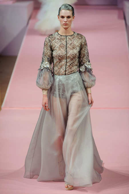 Photo 7 from Alexis Mabille