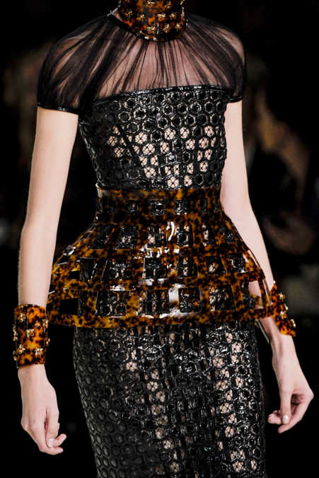 Detail Photo 11 from Alexander McQueen