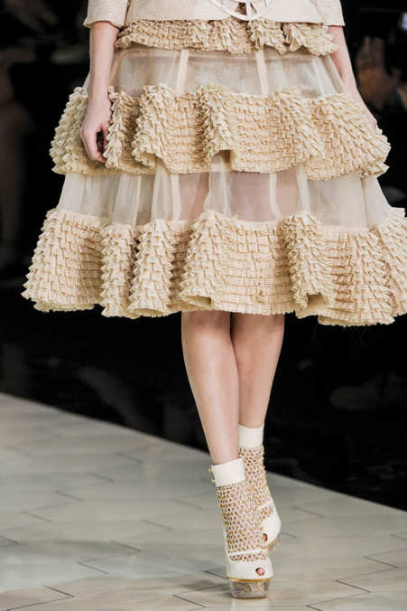 Detail Photo 15 from Alexander McQueen