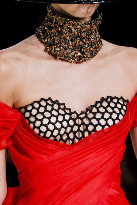 Detail Photo 33 from Alexander McQueen