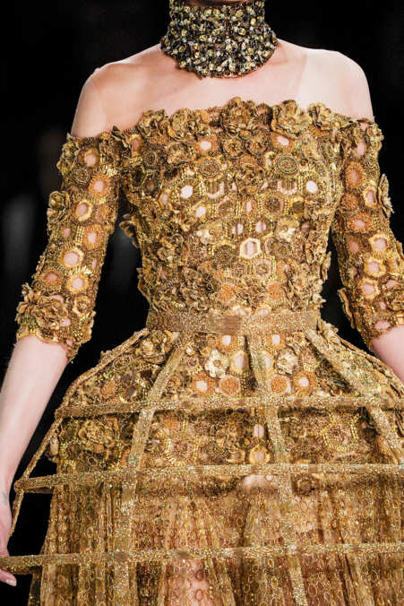 Detail Photo 38 from Alexander McQueen