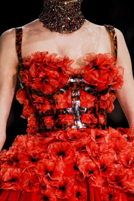 Detail Photo 42 from Alexander McQueen