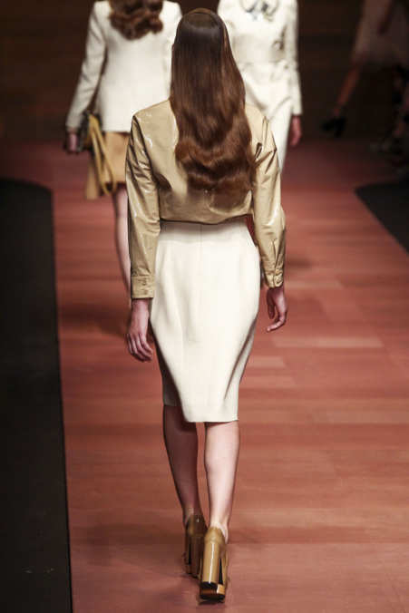 Back Photo 31 from Carven