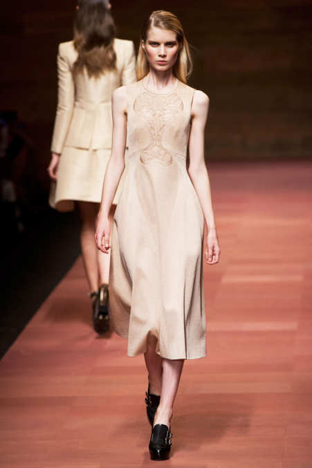 Photo 37 from Carven