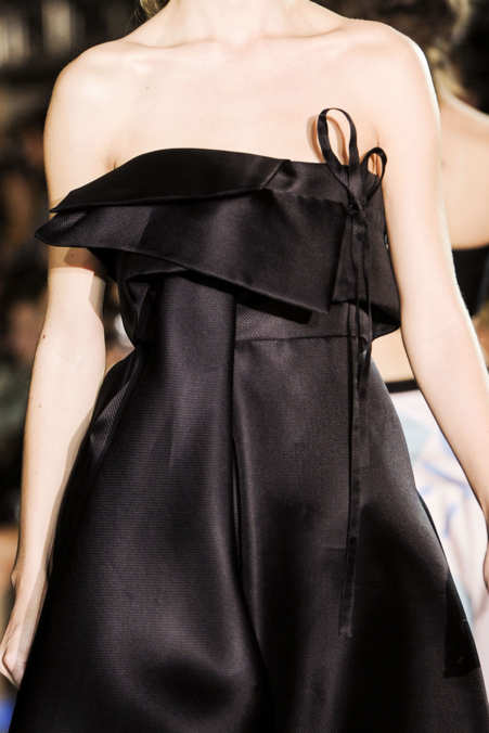 Detail Photo 5 from John Galliano