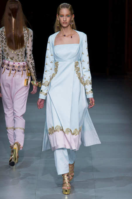 Photo 28 from Manish Arora