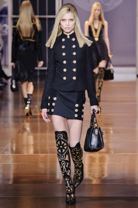 Photo 20 from Versace
