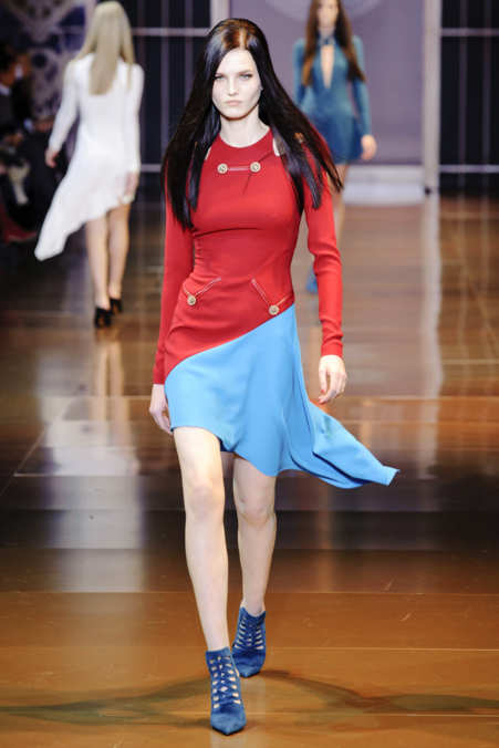 Photo 5 from Versace