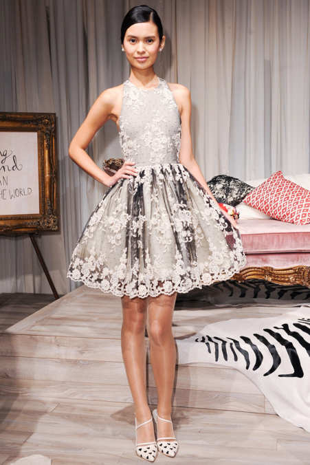 Photo 18 from alice + olivia