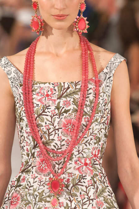 Detail Photo 3 from Oscar de la Renta