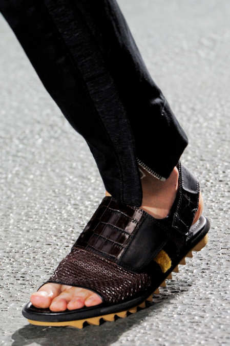 Detail Photo 19 from Dries Van Noten